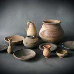 Piezas cerámicas restauradas pertenecientes al período calcolítico