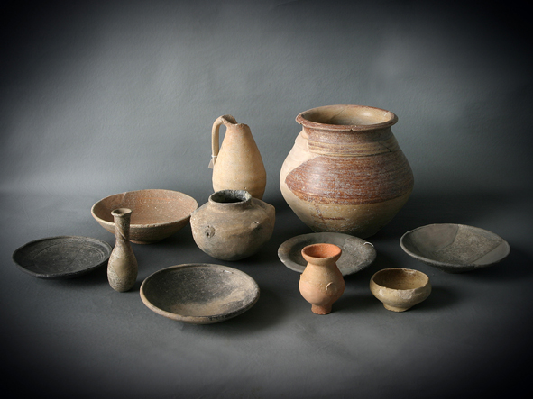 Piezas cer micas restauradas pertenecientes al per odo for Ceramicas para piezas
