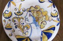 Plato talaverano tricolor